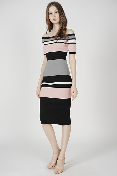Alla Contrast Dress in Pink