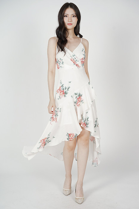 Narsha Ruffled Dress in White Floral