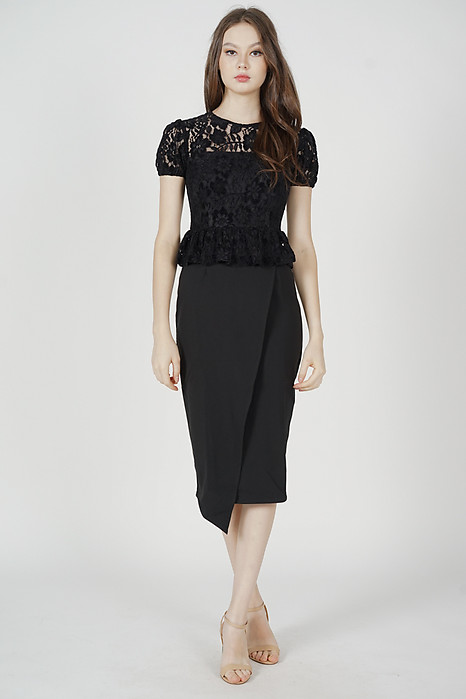 Calina Lace Dress in Black