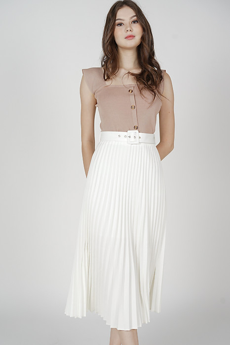 Cairis Pleated Skirt in White
