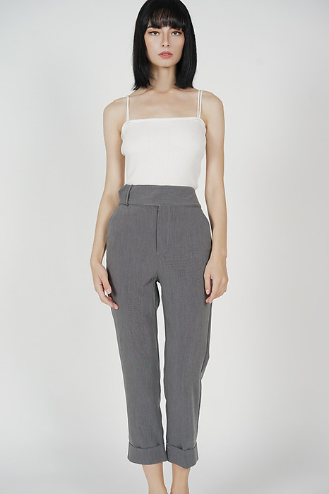 Zakari Straight Pants in Grey