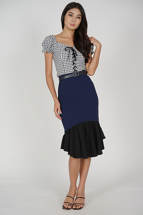 Renei Puffy Top in Black Gingham