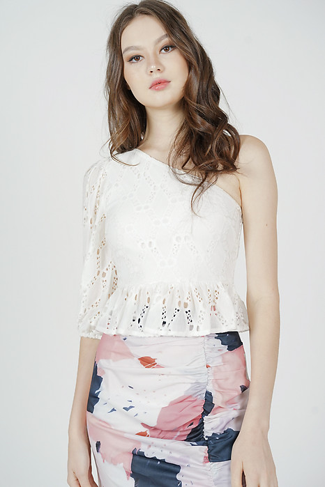 Ganza Toga Ruffled Top in White