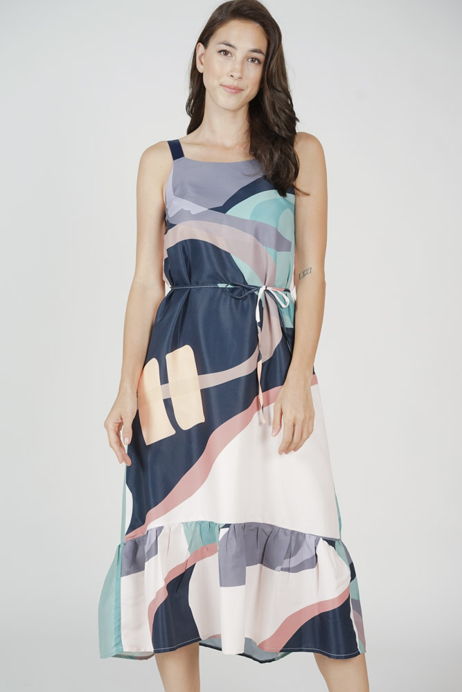 Valtteri Ruffled-Hem Dress in Multi Abstract