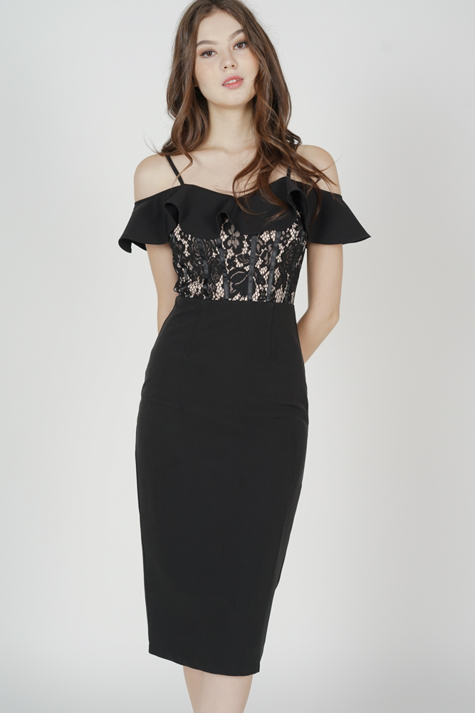 Hethalia Ruffled Lace Dress in Black