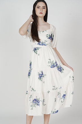 Haudie Gathered Dress in White Floral