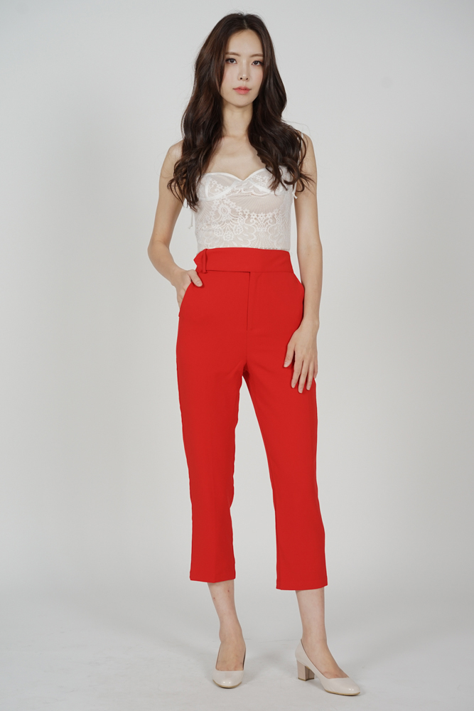 Gretchen Straight Pants in Red