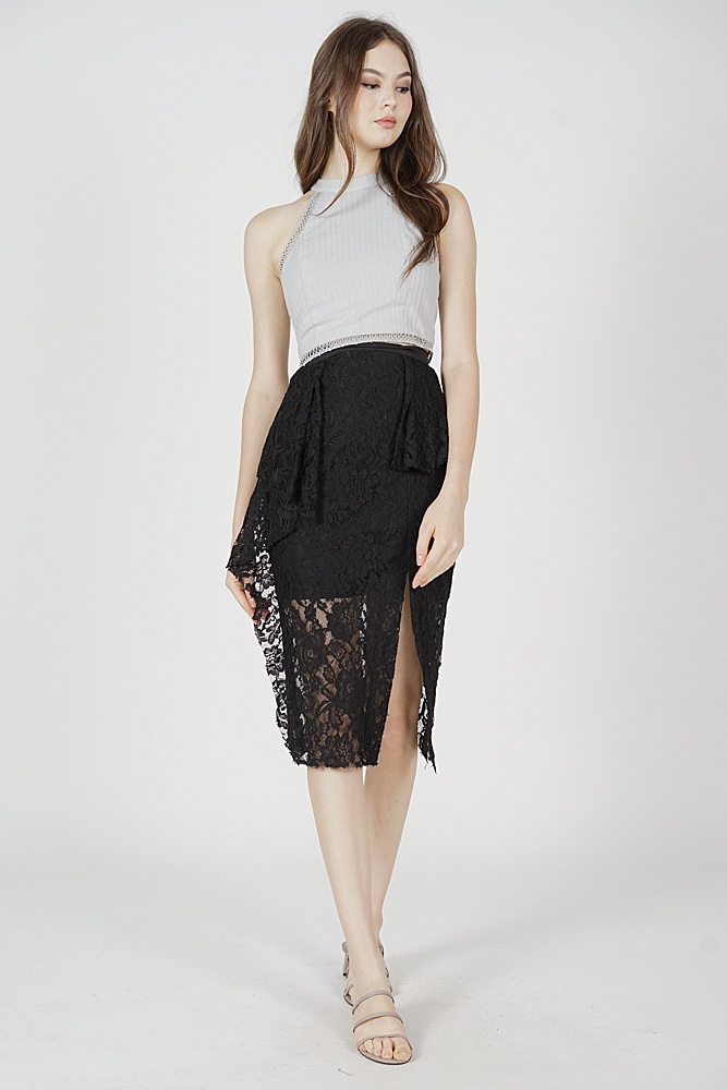 Seisha Lace Skirt in Black -